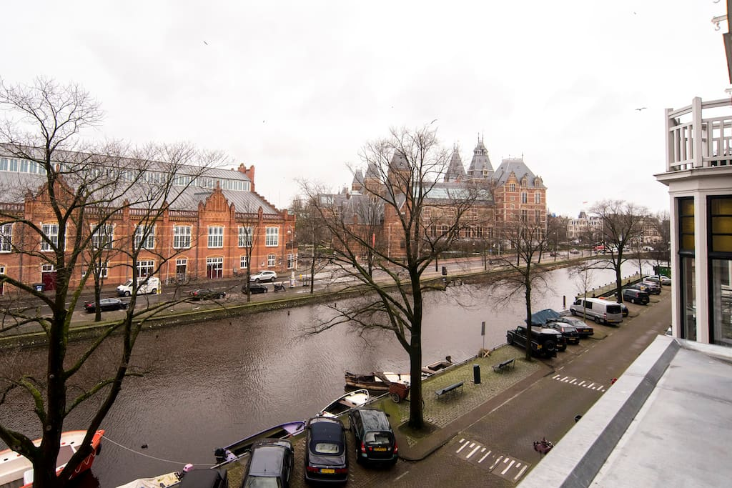Your view of the RIjksmuseum from the loft.