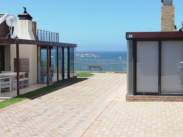94 Sea Cottage.The ultimate holiday accommodation.