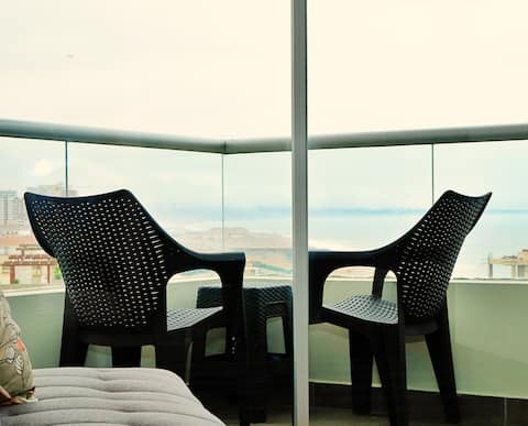 Romantic Ocean View (Sea View) Apartment