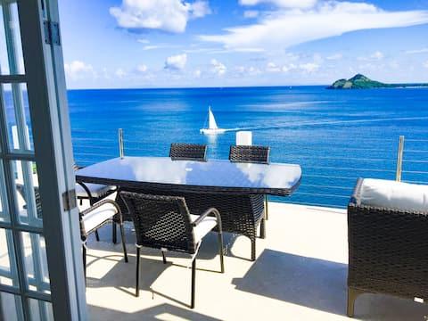 Villa certificada frente al mar 3br2ba con piscina, aire acondicionado,WiFi