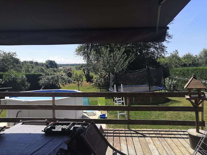 Villa de 250m2 avec piscine terrasse à la campagne