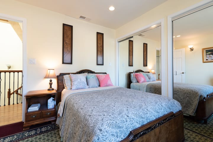 Long/Short-term ROOMS  in Heart of SF Bay