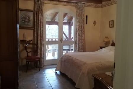 Chambre à l'orée du bois - Gluiras