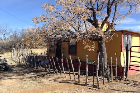"""Cozy """"Ghost Town"""" Miner Cabin - Tombstone"""