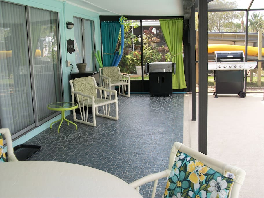 Covered Screen Patio with Grill and Drink Cart