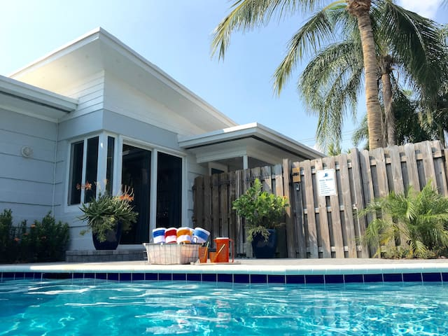 BOOK NOW SAVE $150!  Private Heated Pool, 2BR/1BTH