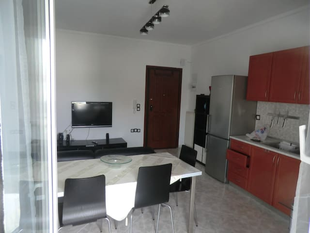No cleaning fees!!  Cozy Apartement Close to Beach - Perea - 아파트