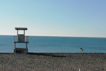 60 metri di casa a due passi dal mare...e da Roma
