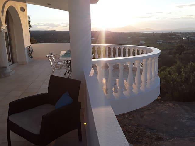 Heavenly Views Beach Villa close to the sea.