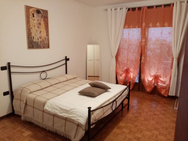 Apartment close to the stadium and train station