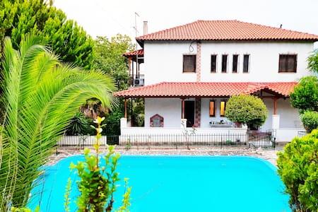 Ancient Olympia Luxury Pool Villa Palace 4Bedroom
