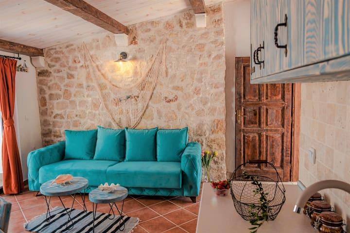 Mediterranean 1-bedroom Apartment,Bazar Apartments