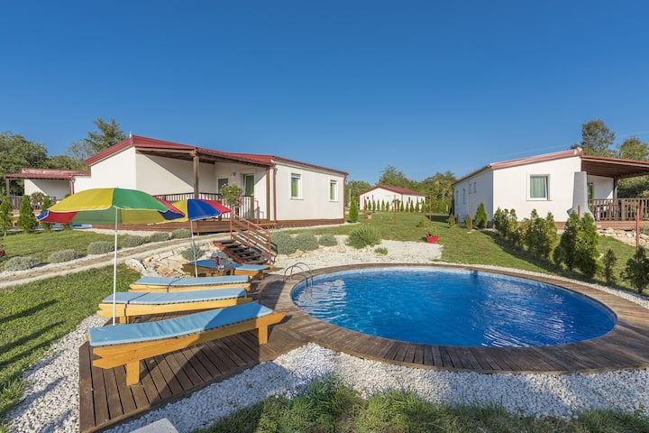 Holiday House with private pool for 6- 8 people in Holiday Park Jelovci