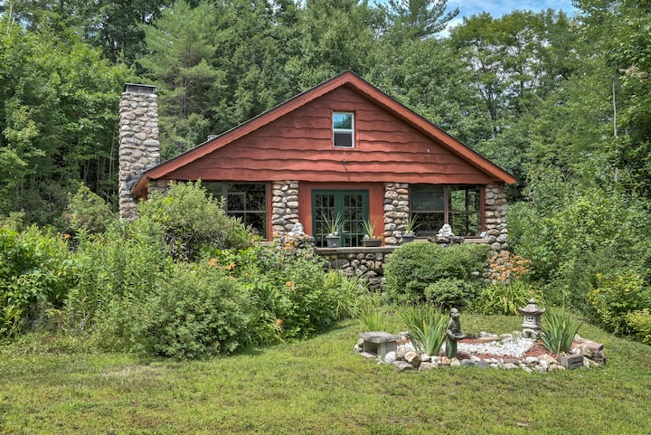 Stonewood House rustic & cozy cabin close to town