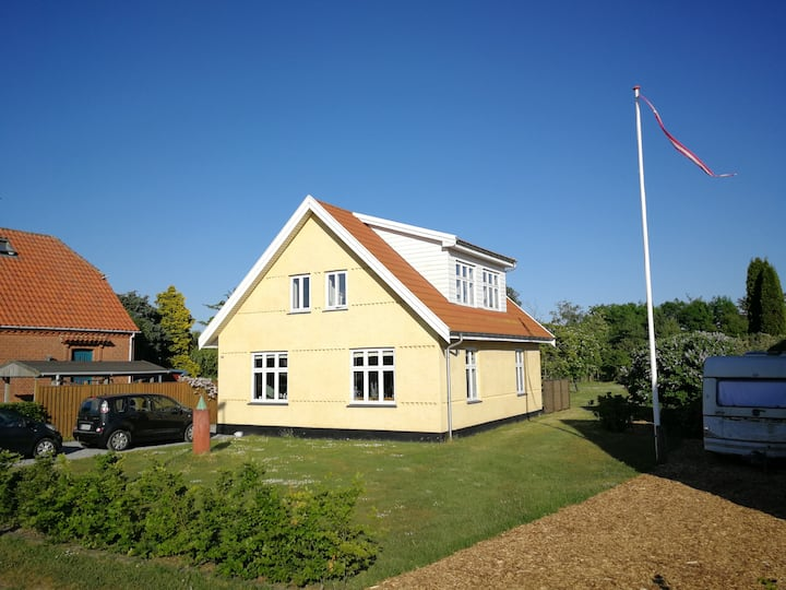Vordingborg (in town), house close to the sea.