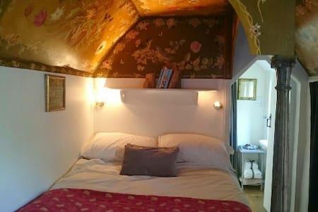 Toad Hall: Romantic South Hams cott - Blackawton