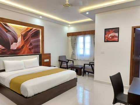 💫Ruby Royal Suite Rooms Near MG Road
