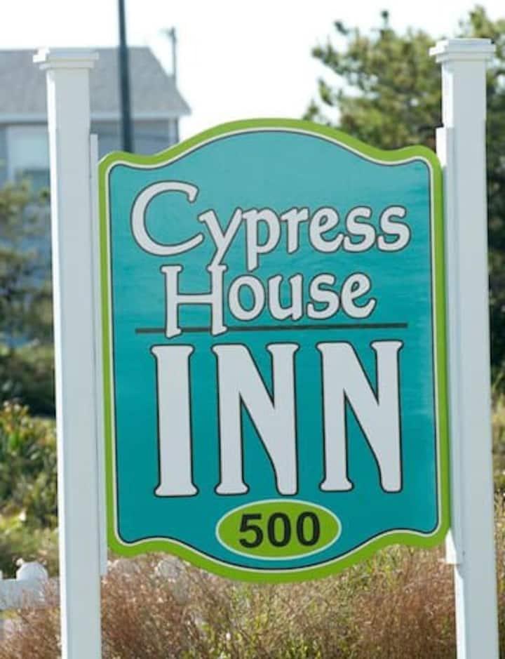 Cypress House Inn - Room 3/4 The Atlantic Room