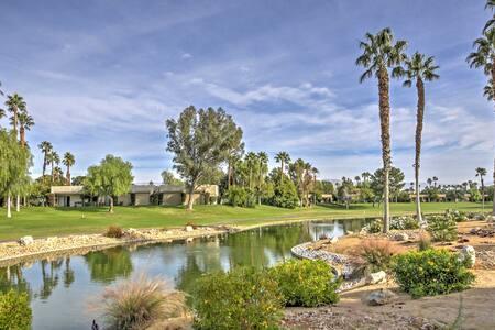 Lovely 2BR Palm Springs Villa w/ Fireplace! - カセドラルシティ