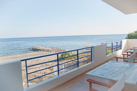 Apartment by the sea 1