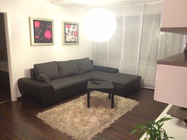 Moderne 3 Zimmer Wohnung - Ostfildern - Daire