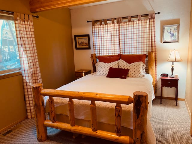 Queen bed. Bedroom #3