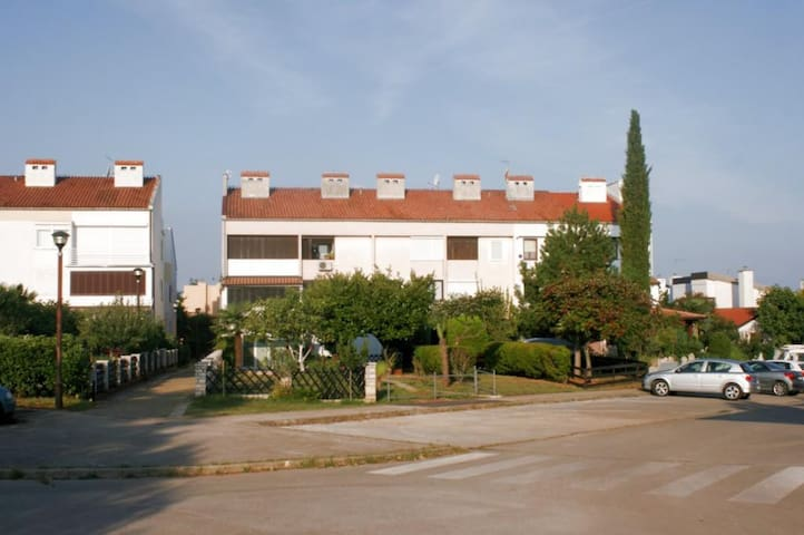 Studio flat with air-conditioning Mareda, Novigrad (AS-7100-a)