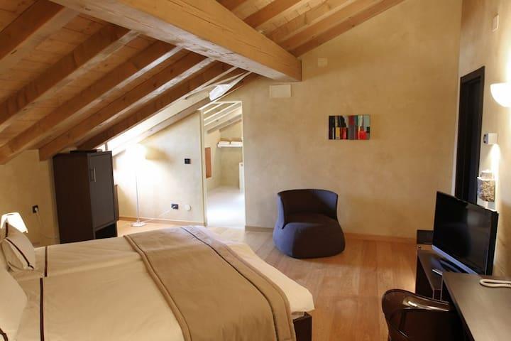 Standard Room 6 - Hotel & Restaurant Kukuriku