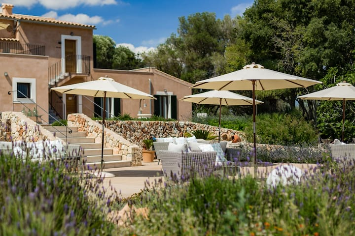 Double room S'Ullastre in cozy Agroturismo Ses Vistes