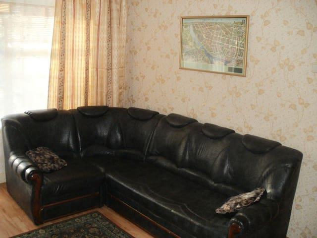 2-ком квартира по ул. Горбатова - Homieĺ - Lägenhet