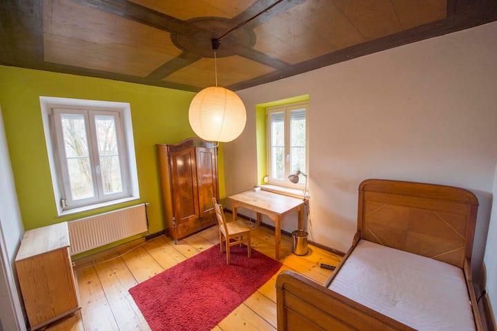 Villa 1890 Kirsche Zimmer für Studies&Trainees