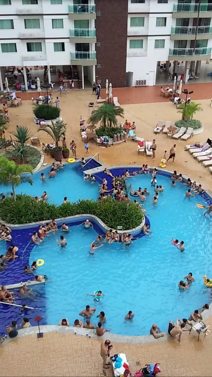 Flat em Caldas Novas Riviera Park,varias  piscinas