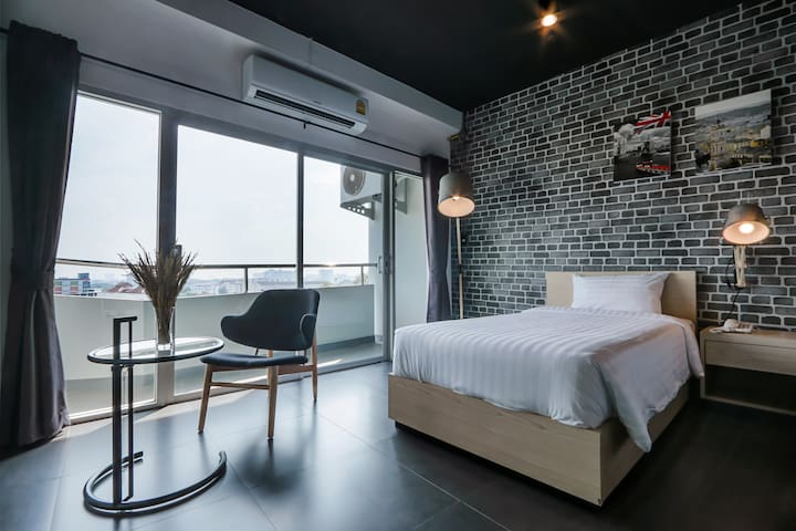 Loft style room/free wifi/Chiang Mai city center - Chang Phueak - Apartament