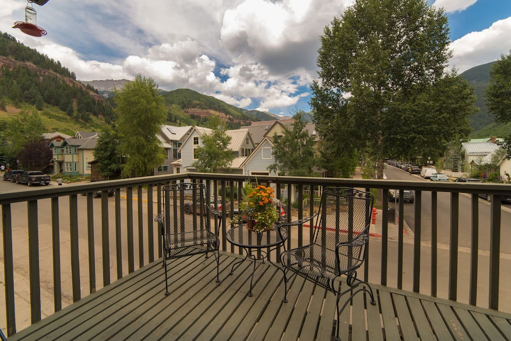 Deck with outdoor seating and amazing mountain views