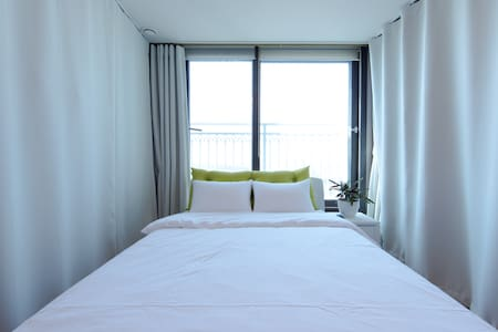 Double room in a spacious apartment - 파주시