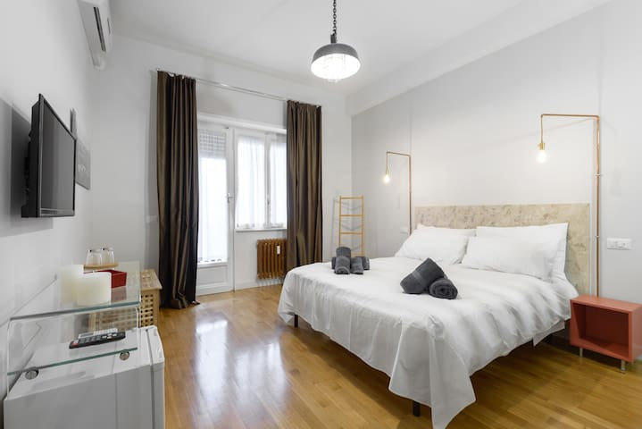 RHome Urban B&B 2 - Rom - Bed & Breakfast
