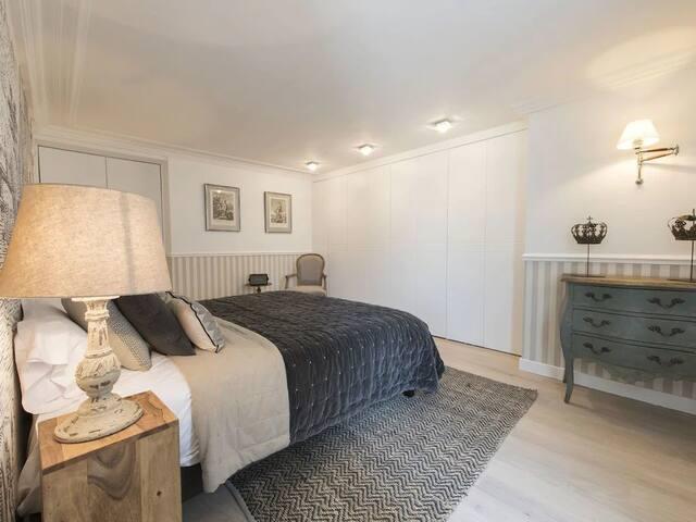 Elegant 2 Bedroom @Kalibata City Apartment