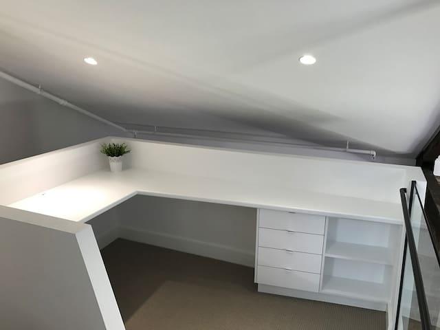 Home office mezzanine