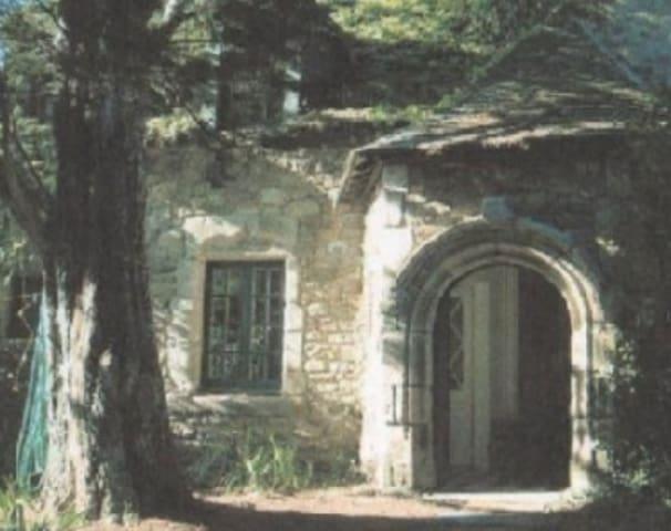 Maison de caractère avec jardin proche jolie plage - Saint-Coulomb