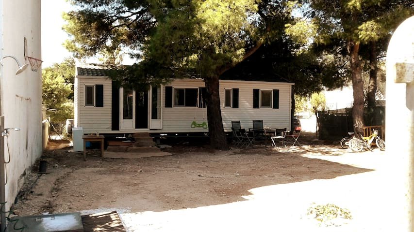 NEW large solar powered mobile home near the beach