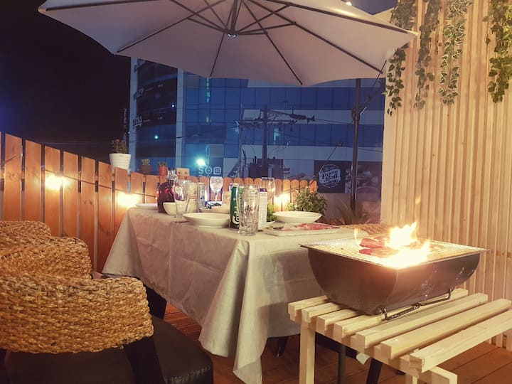 ★루프탑 BBQ Private Rooftop Pension 바닷가60초!