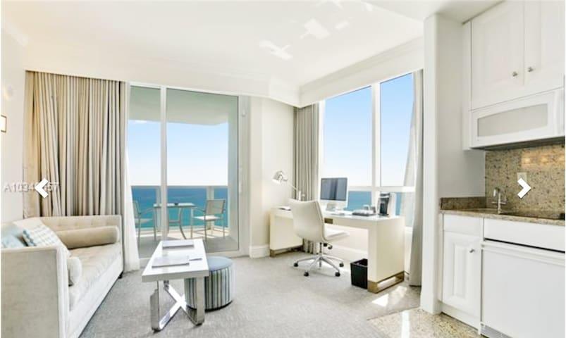 Fontainebleau Ocean Front Junior Suite