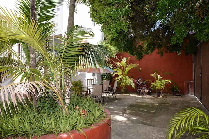 New little home - downtown Playa - Pet Friendly