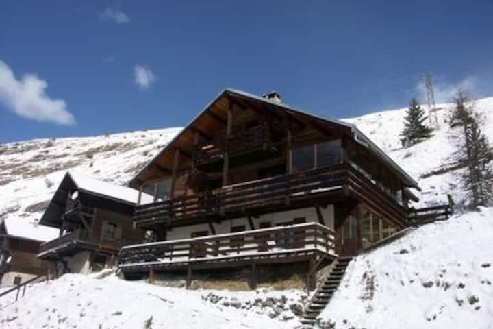 Appartement dans chalet - terrasse 20 m² plein sud