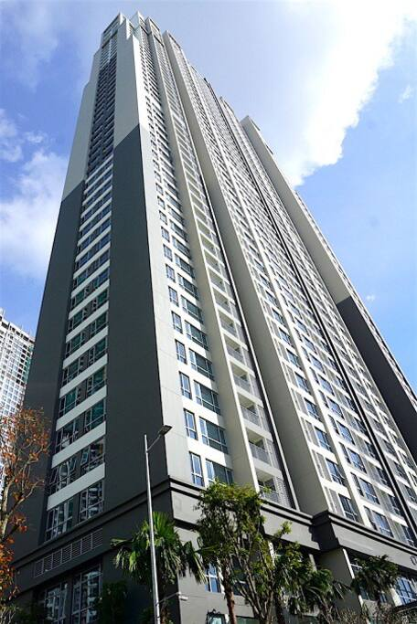 Central 3 Apartment Building
