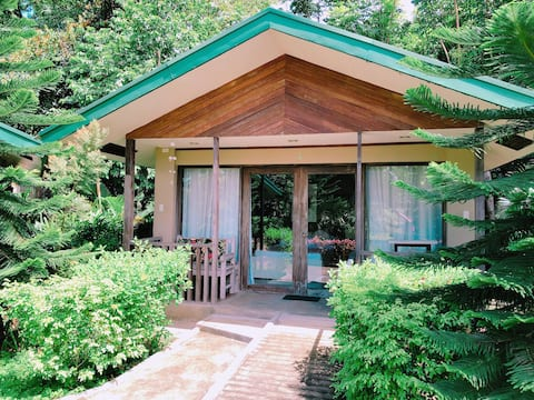 Ted's B&B Laguna - Cozy Cabin Double Room (L)