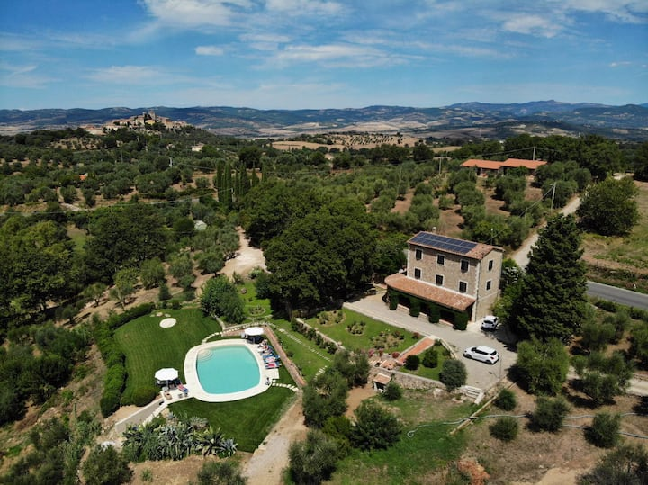 Private Villa and swimming pool 15%off