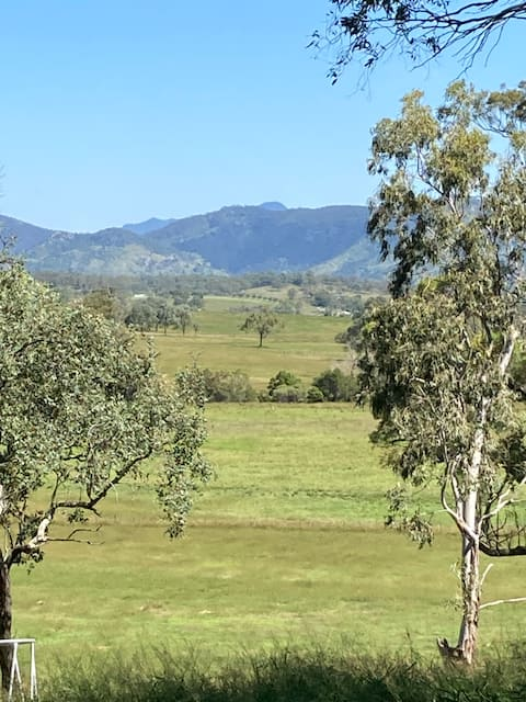 """Junction Cottage - the heart of Boonah district"""