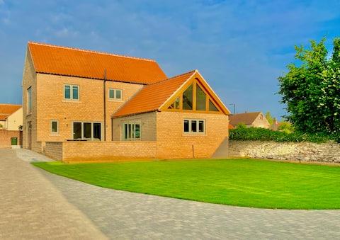 Luxury New Build 2 Bedroom Barn