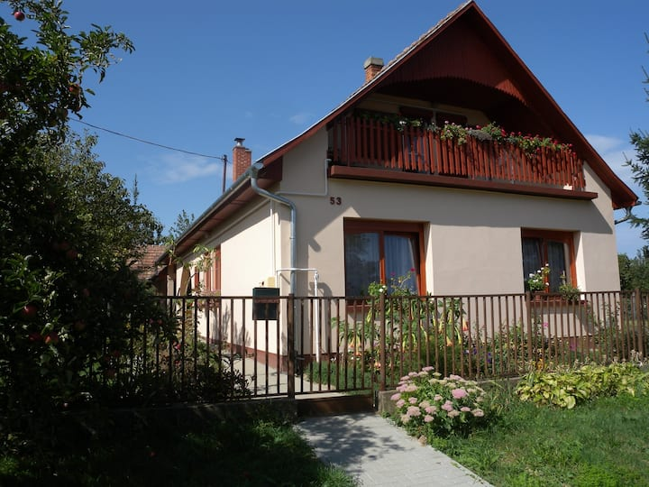 Apt for 5 pers with WLAN in Balatonberény R60172